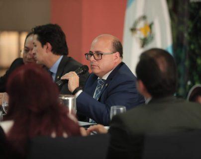 Álvaro González Ricci, próximo ministro de Finanzas, confirmó, que el actual superintendente Abel Cruz Calderón (en la foto), será removido en enero, por el incumplimiento de la meta de recaudación. (Foto Prensa Libre: Hemeroteca)