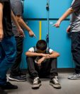 El acoso escolar se da en todos los niveles. Las víctimas pueden sufrir de agresión verbal, física y emocional, y esto afectar su comportamiento y rendimiento escolar. (Foto Prensa Libre: Servicios)