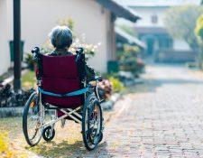 Por lo general, el alzhéimer aparece después de los 60 años de edad y es la mayor causa de demencia. (Foto Prensa Libre: Steven HWG / Unsplash)