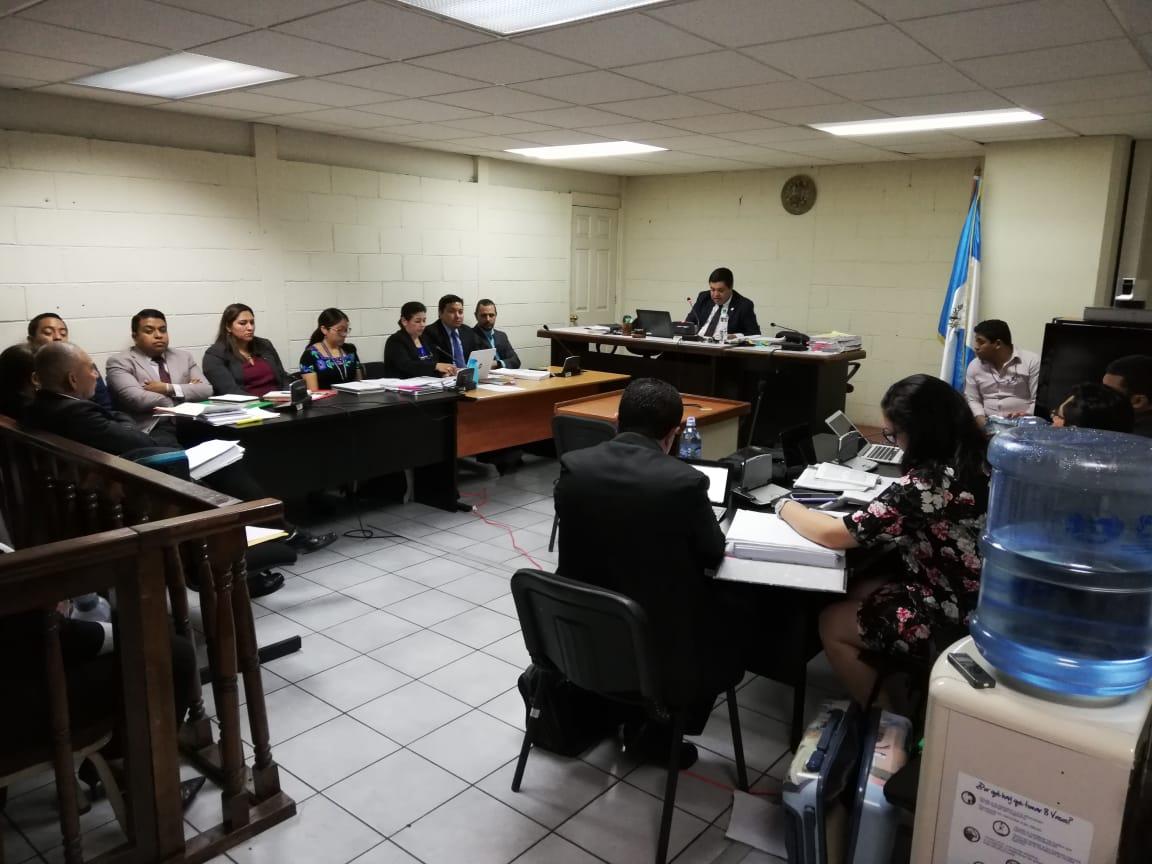 Juez suplente escucha pedidos de Anahí Keller, Santos Torres y Carlos Rodas para salir de prisión