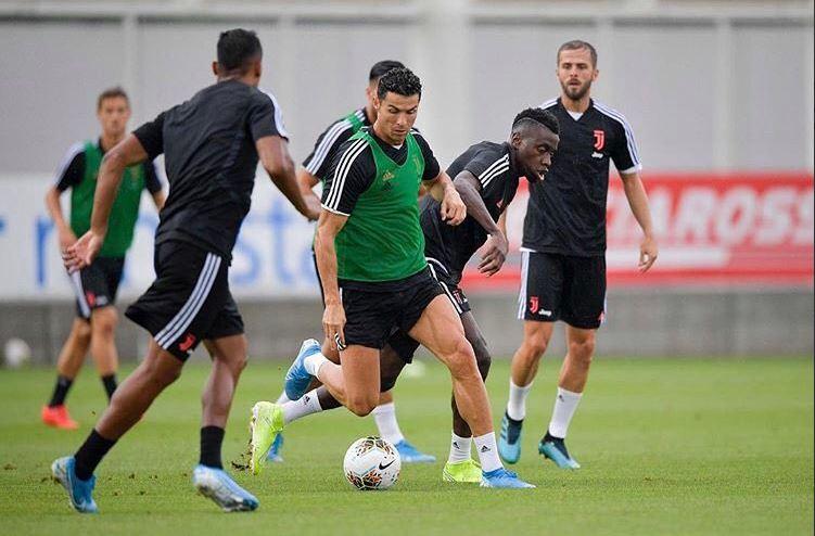 Cristiano Ronaldo vuelve a trabajar con la Juventus en una sesión sin Sarri