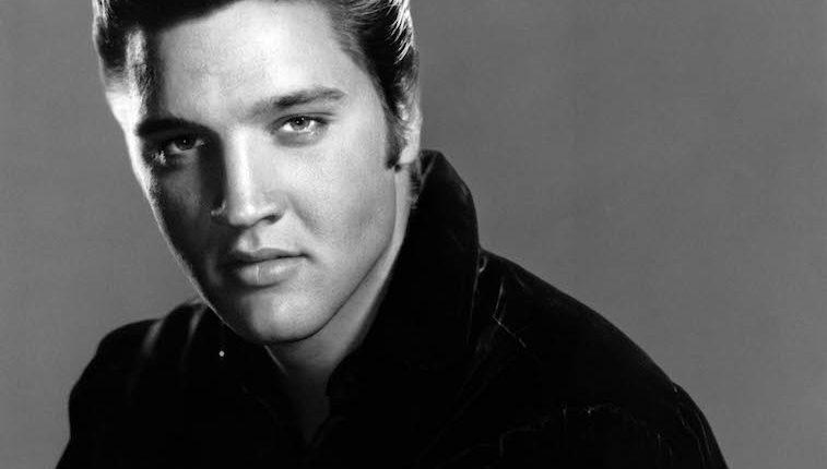 """Elvis Aaron Presley, conocido como el """"rey del rock"""", nació en 1935, en Misisipi, EE. UU. Falleció en 1977, a los 42 años. (Foto: Hemeroteca PL)."""