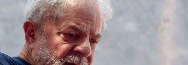El exmandatario (2003-2010), defiende ferozmente su inocencia. (Foto Prensa Libre: EFE)