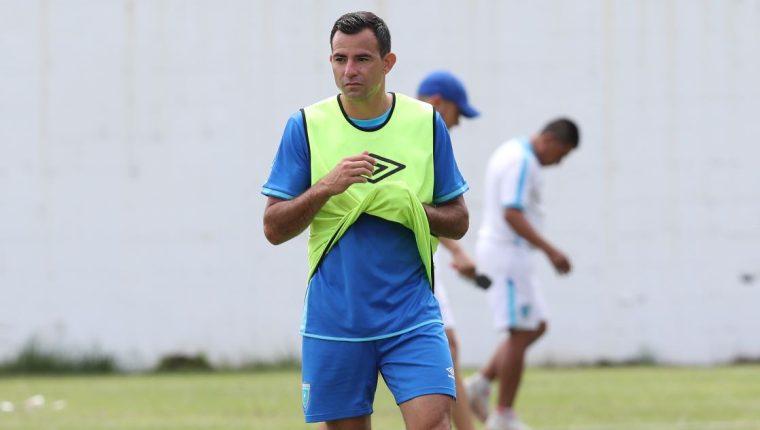 Marco Pappa durante el entrenamiento de la Selección Nacional. El volante ya se encuentra bien de salud. (Foto Prensa Libre: Francisco Sánchez).