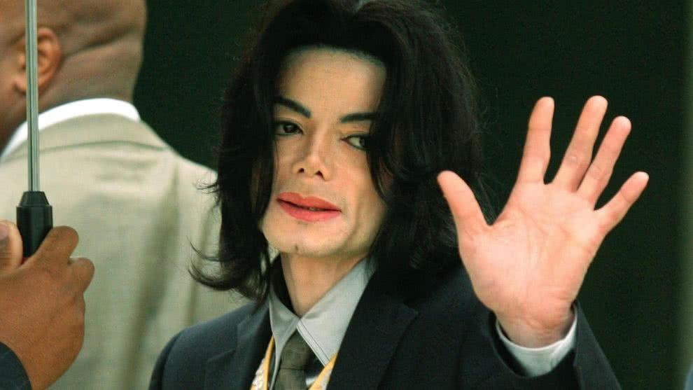 Calvicie y cicatrices: Documental revela detalles del cuerpo de Michael Jackson