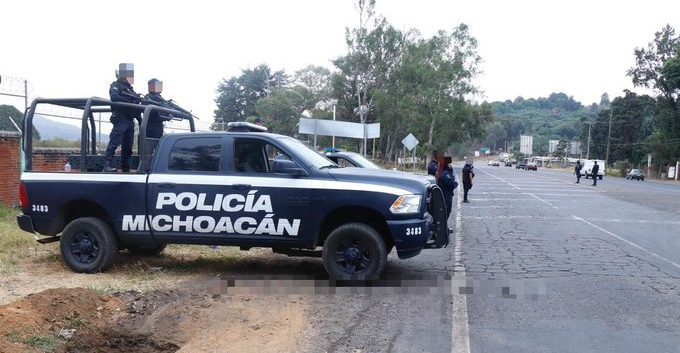 Las autoridades de Michoacán están alertas ante los cuerpos encontrados en difernetes zonas de la localidad de Uruapan. (Foto Prensa Libre @michoacanssp)