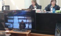 José Andrés Galicia García siguió el debate por videoconferencia. (Foto Prensa Libre: Kenneth Monzón)