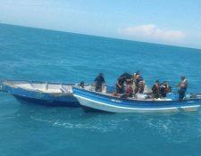 Autoridades participan en el operativo de recuperación de los cuerpos de los menores en el mar de Nicaragua.
