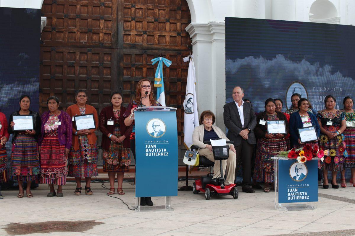 Proyecto comunitario transforma la vida de quinientas mujeres