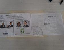 Las papeletas tienen marca de agua para que puedan ser consideradas válidas.  (Foto Prensa Libre: Andrea Domínguez)
