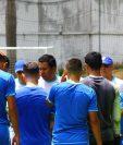 Amarini Villatoro ya tiene a los jugadores con los que afrontará la Liga de Naciones. (Foto Prensa Libre: Luis López)