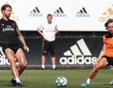 Sergio Ramos, durante la práctica de este martes. (Foto Prensa Libre: @realmadriden)