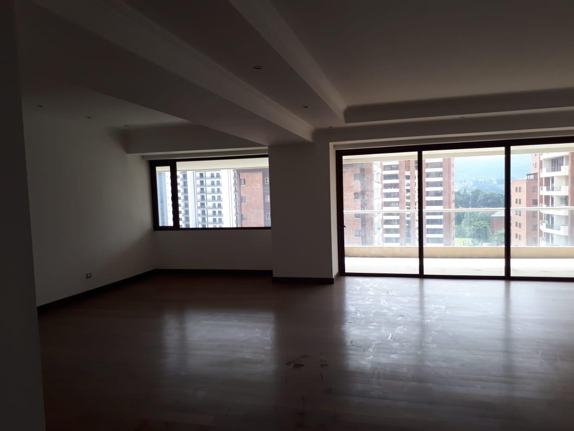 Otros dos apartamentos de Sinibaldi pasan a la Senabed
