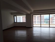 Los dos apartamentos están en el edificio Gaudi. (Foto Prensa Libre: MP)