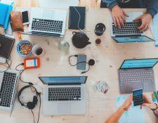 Según expertos, el trabajo de los millennials no es promovido. (Foto Prensa Libre: unsplash)