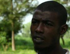 """Isa Ibrahim le contó a la BBC que intentó escapar de la """"casa de la tortura"""" un día antes de que llegara la policía."""