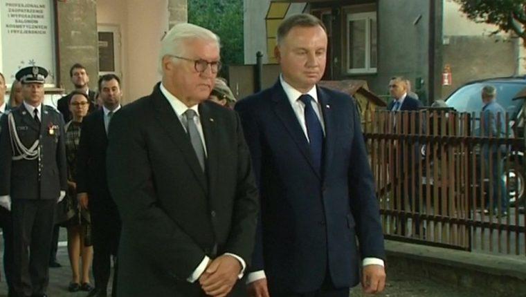 El presidente alemán Frank-Walter Steinmeier (a la izquierda) pidió perdón a Polonia por la Segunda Guerra Mundial.