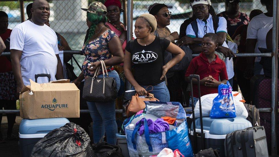 Huracán Dorian: las críticas al gobierno de Bahamas por su respuesta a la devastación causada por el ciclón que azotó el archipiélago