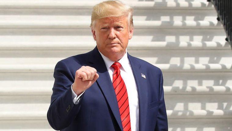 Trump enfrenta la posibilidad de tener que salir del poder antes del fin de su mandato.