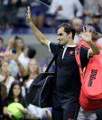 Roger Federer se despide del US Open decepcionado y prefiere no hablar de su futuro. (Foto Prensa Libre: AFP)