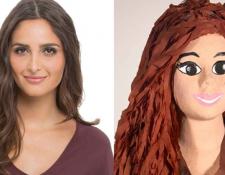 """La """"mujer piñata"""" debe ser lo más parecido a la mujer del cliente, según el negocio. (Foto: exinoticias.com.bo)"""