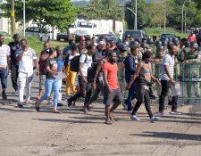 El acuerdo busca dar asistencia para atender a migrantes. (Foto Prensa Libre: EFE)