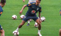 AME3731. MIAMI (ESTADOS UNIDOS), 05/09/2019.- El jugador de la selección nacional de Brasil Neymar Jr. participa en un entrenamiento este jueves en el Hard Rock Stadium de la ciudad de Miami, Florida, (EE.UU.). EFE/Giorgio Viera