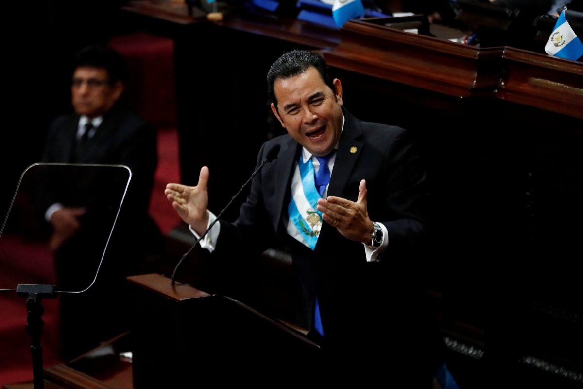 Jimmy Morales es denunciado por difamación, calumnia e injuria