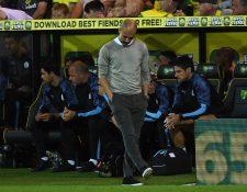 El entrenador español Pep Guardiola sufrió la derrota frente al Norwich. (Foto Prensa Libre: EFE)