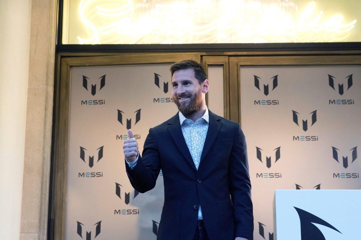 """Cristiano, Messi y Van Dijk pugnan por el """"The Best"""" en La Scala de Milán"""