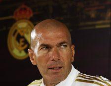 El entrenador francés del Real Madrid, Zinedine Zidane, critica el calendario de competencias. (Foto Prensa Libre: EFE)