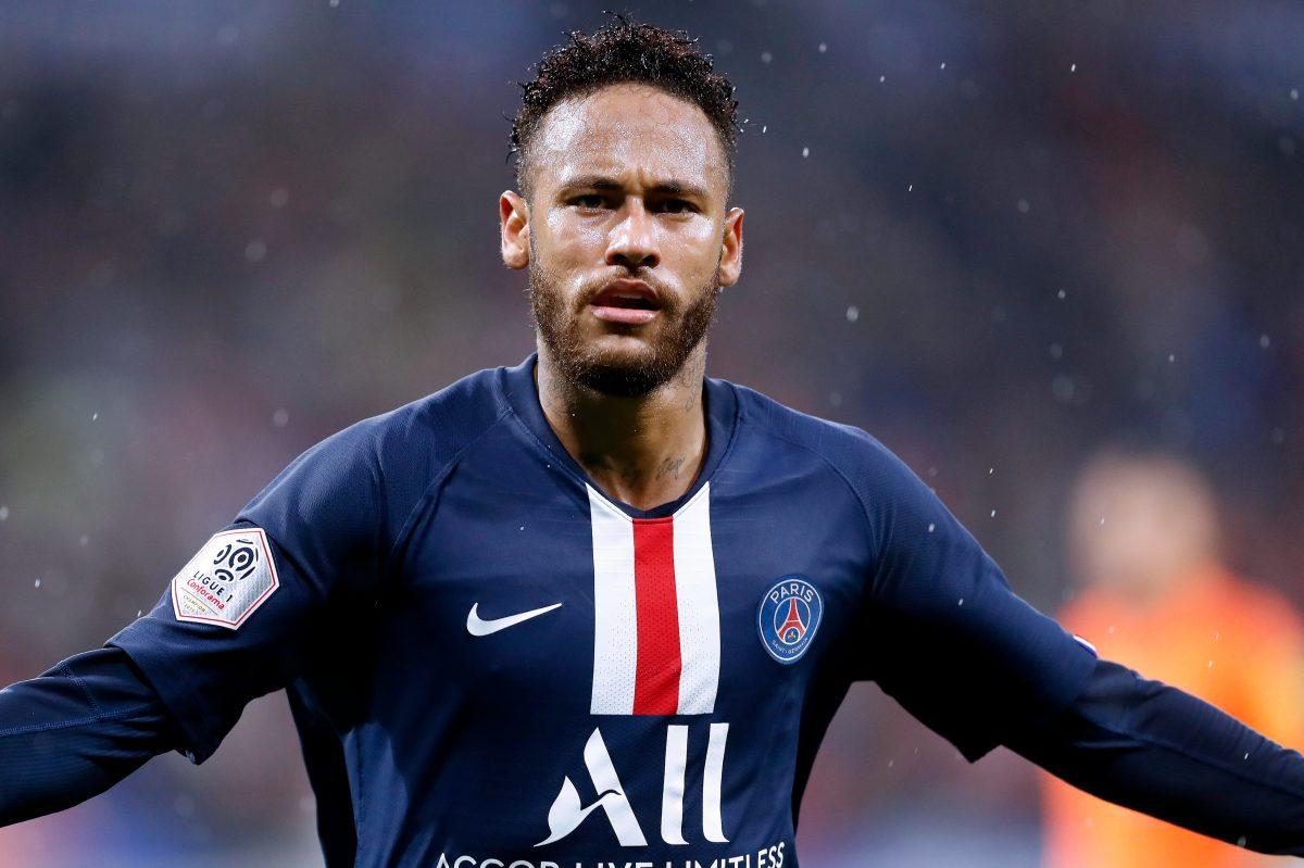 Neymar rescata al PSG frente al Lyon con una genialidad