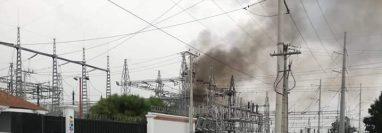 La explosión provocó un incendio que fue controlado por los socorristas de La Esperanza. (Foto Prensa Libre: Cortesía)