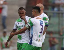 Édgar Pacheco (izquierda) aclaró el tema polémico que se dio la semana pasada. (Foto Prensa Libre: Hemeroteca PL)