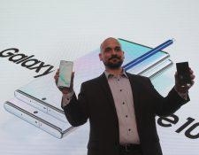 José Urbina, director de móviles de Samsung Electronics Guatemala presentó el nuevo Galaxy Note10. Foto Norvin Mendoza