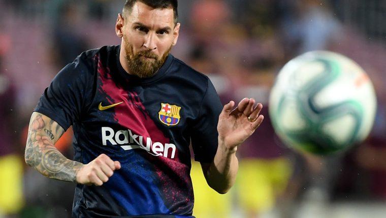 El delantero argentino Lionel Messi asegura que su relación con Cristiano Ronaldo es buena. (Foto Prensa Libre: AFP)