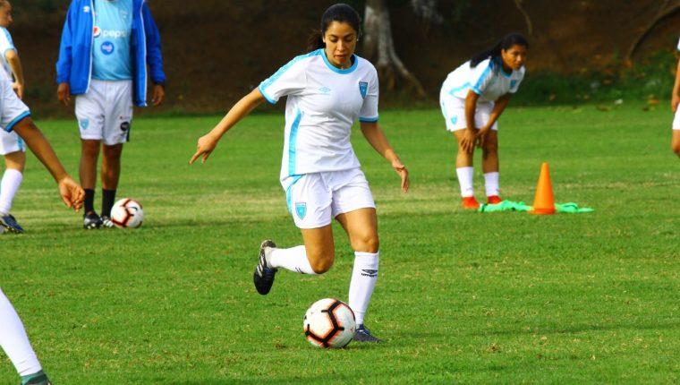 Ana Lucía Martínez es parte de la Selección Femenina Mayor. (Foto Prensa Libre: Luis López)