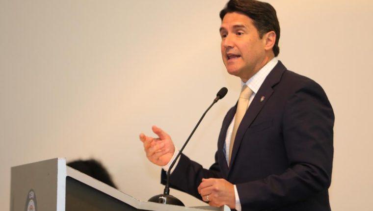 El Ministerio Público señala que el alcalde Ricardo Quiñónez incurrió en peculado y fraude. (Foto Prensa Libre: Hemeroteca PL)