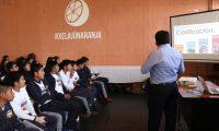 Los estudiantes recibieron charlas enfocadas a tener iniciativa y ser proactivos. (Foto Prensa Libre: Raúl Juárez)
