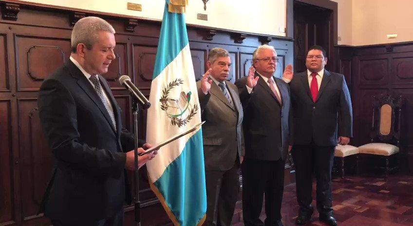 CC suspende remociones que hizo Jimmy Morales en la CNEE