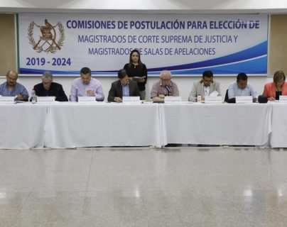 Comisiones de postulaciones conocen resultados de aspirantes a la Corte Suprema de Justicia. (Foto Prensa Libre: Noé Medina).