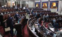 Pocos diputados asisten al Congreso para conocer (Foto Prensa Libre: Juan Carlo Pérez).