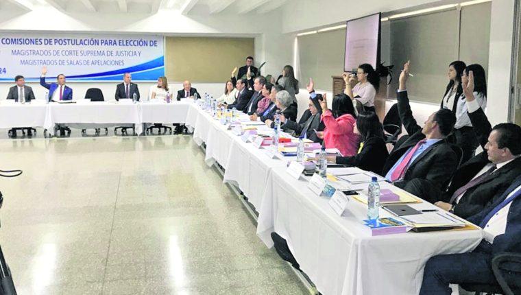 Comisiones de postulación tendrán 20 días para definir la nómina de candidatos luego de recibir los resultados de las evaluaciones hechas por el Consejo de la Carrera Judicial. (Foto Prensa Libre: Hemeroteca PL)