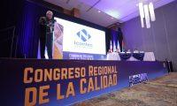 """Los servicios que se prestan en materia de calidad """"representan cerca del 80 por ciento del comercio global"""". (Foto Prensa Libre: Cortesía Mineco)"""