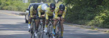 La prueba de velocidad por equipos se caracteriza por el trabajo coordinado que hacen los ciclistas para hacer el menor tiempo posible. (Foto cortesía: Federación de Ciclismo)