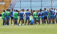 Entrenamiento de la Selección Nacional, a puerta cerrada. (Foto Prensa Libre: Francisco Sánchez)