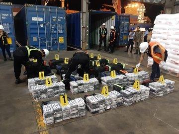 Localizan al menos 500 paquetes de cocaína en Puerto Santo Tomás de Castilla
