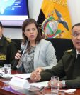 La ministra ecuatoriana del Interior, María Paula Romo, da declaraciones sobre la posible filtración masiva de datos en Ecuador. (Foto Prensa Libre: EFE)