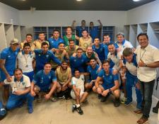 Los jugadores de la Selección Nacional celebraron el triunfo en Puerto Rico. (Foto Prensa Libre: Fedefut)
