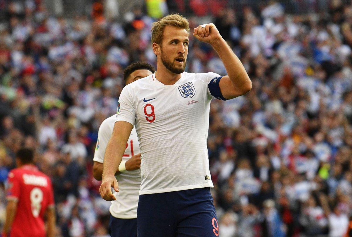 Poderoso Harry Kane marca triplete e Inglaterra aplasta a Bulgaria
